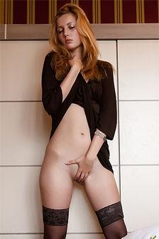 Auburn Teen On Stockings Showing Her Bald Snatch