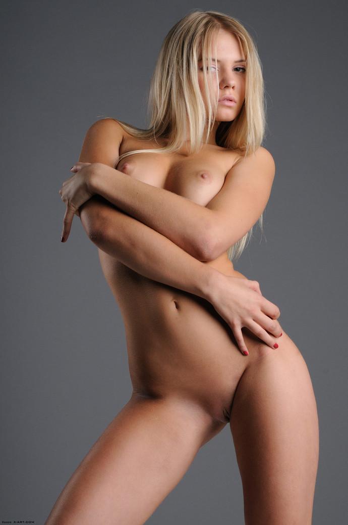 смотреть молодых красивых девушек голых фото